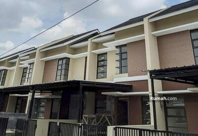 Dijual - Rumah di Arcamanik, cisaranteun kota Bandung, rumah baru termurah