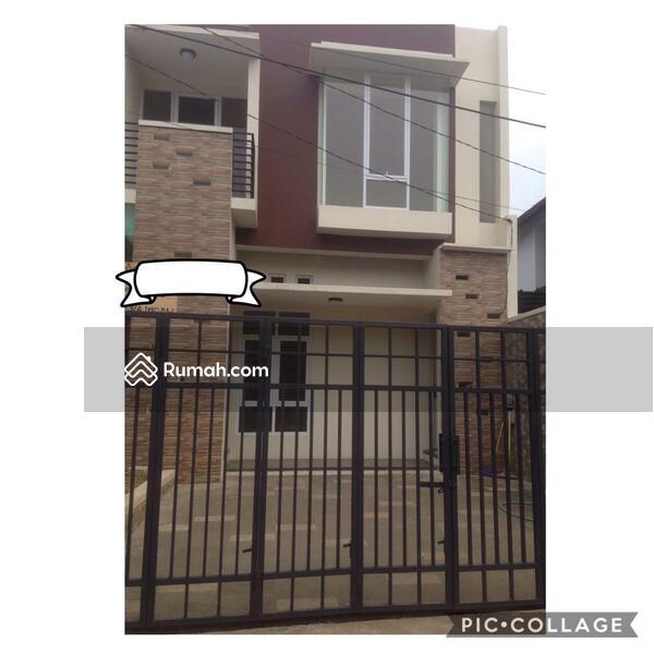 Rumah Baru 2 Lantai dekat Assyafiyah Jatiwaringin Bekasi. Hubungi Amoy WA 08111993039