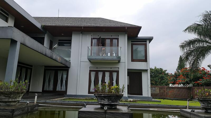 Dijual rumah mewah hook harga murah furnished sangat luas #104380067