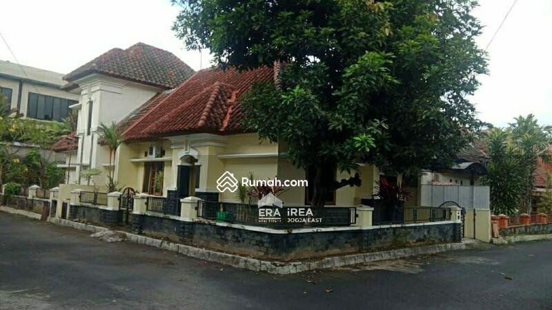 Rumah Bagus Siap Huni di Maguwoharjo #104378769
