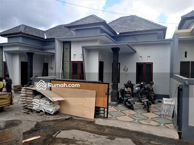 Dijual - Rumah Siap Huni Jl. Tangkuban Perahu Padang sambian Denpasar