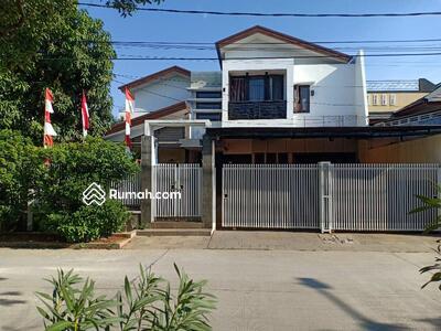 Dijual - RUMAH SWIMMING POOL MEWAH Dijual Murah Dalam Komplek Pulogebang Permai Jakarta Timur ☎️ 081389335771