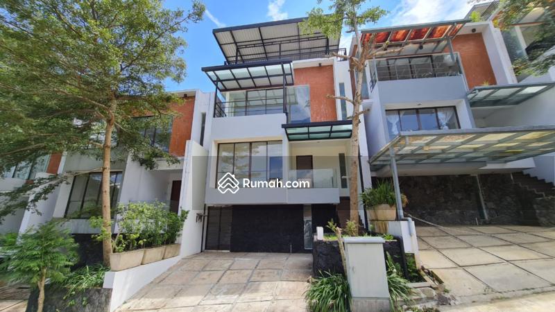 DIJUAL CEPAT Rumah modern Minimalis Terawat 2,5M Nego #104543885