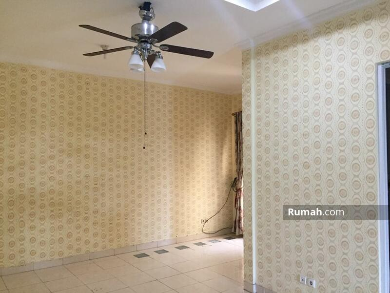 Dijual Rumah di Royal Residence, Jakarta Timur #104581785