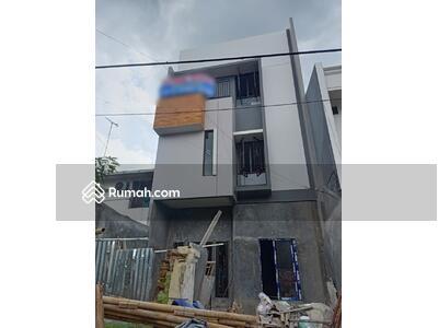Dijual - Dijual rumah muara Karang tahap finishing