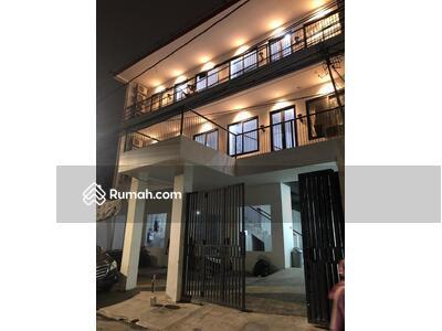 Dijual - Rumah kost Grogol 233m 4, 5 lantai (81 kamar), furniture baru