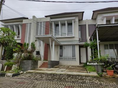 Dijual - Rumah  di Hill Park View  Bukit Cimanggu CIty