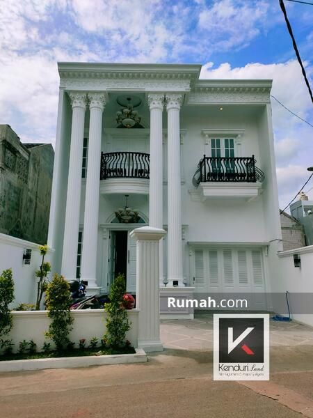 Rumah mewah tanah luas private pool #104754857