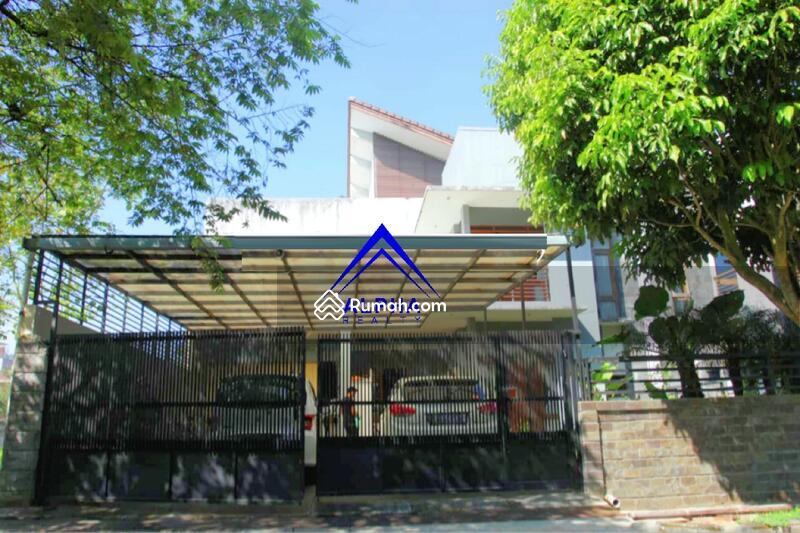Rumah Mewah Di Graha Puspa Kota Bandung Di Bawah Pasar. #104747853
