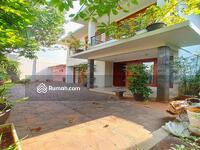Dijual - Hot Property - Rumah Dalam Komplek dengan Private Pool Akses Jalan Besar di Cipete-Cilandak Jakarta
