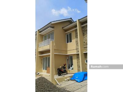 Dijual - Rumah 2 Lantai Murah 490 Jutaan Dekat Stasiun Bsd Cisauk Bintaro Shm