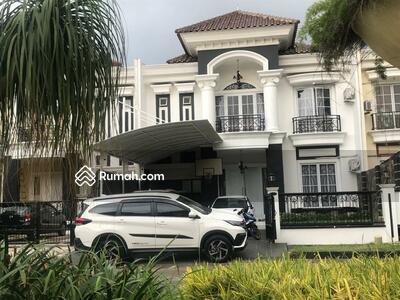 Dijual - Rumah Royal Residence, 4KT di Jalan Boulevard, Siap Masuk