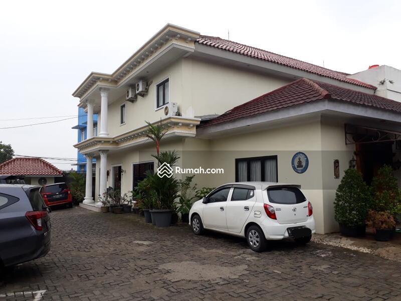 Tangerang Selatan #104918273
