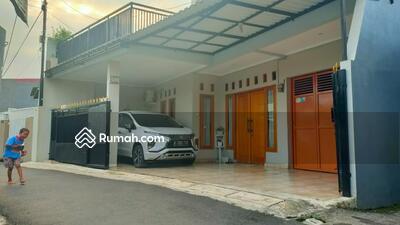 Dijual - 3 Bedrooms Rumah Cipayung, Jakarta Timur, DKI Jakarta