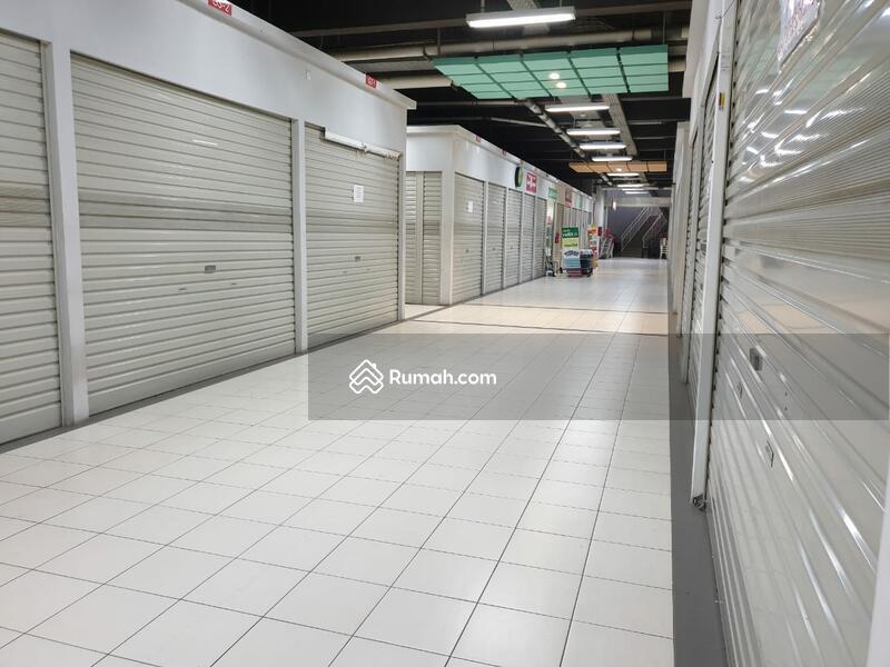 Pasar modern Intermoda BSD #104964891