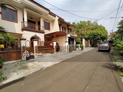Dijual - Rumah Mewah Siap Huni di Bumi Indraprasta, dekat Pajajaran, Bangbarung, Panduraya, tol Jagorawi