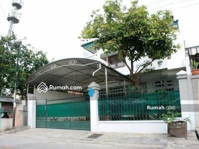 Dijual - 6 Bedrooms Rumah Mampang Prapatan, Jakarta Selatan, DKI Jakarta