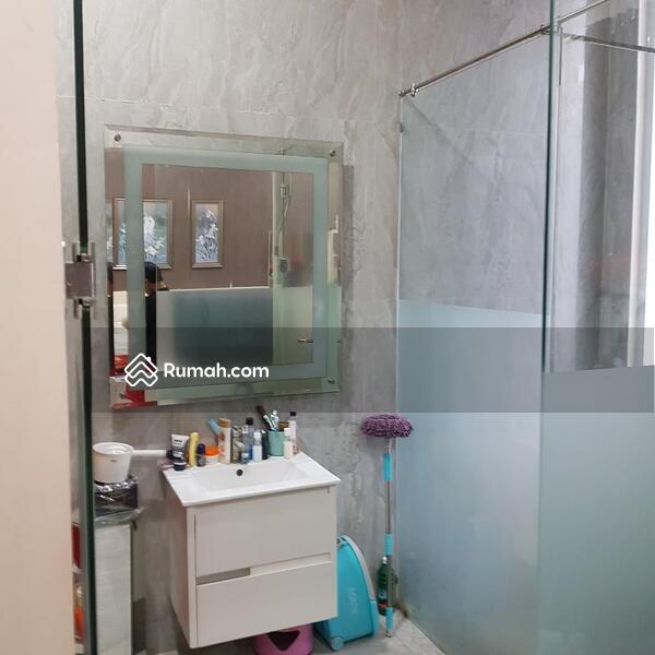 Dijual Rumah Dekat Jalan Tol kebon jeruk dan gedung RCTI lokadi strategis daerah kebon jeruk jakarta #105058031