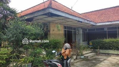 Dijual - DIjual Rumah Hitung Tanah Lokasi Strategis Area Burangrang Gatot Subroto