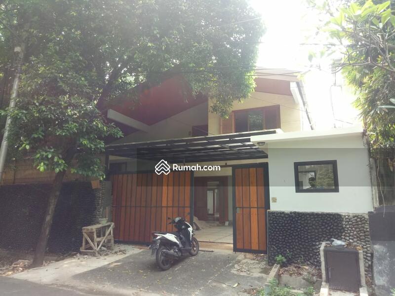 Rumah di jalan langsat #105150341