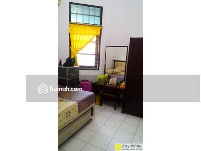 Dijual - Rumah Hoek Di Pamulang Estate