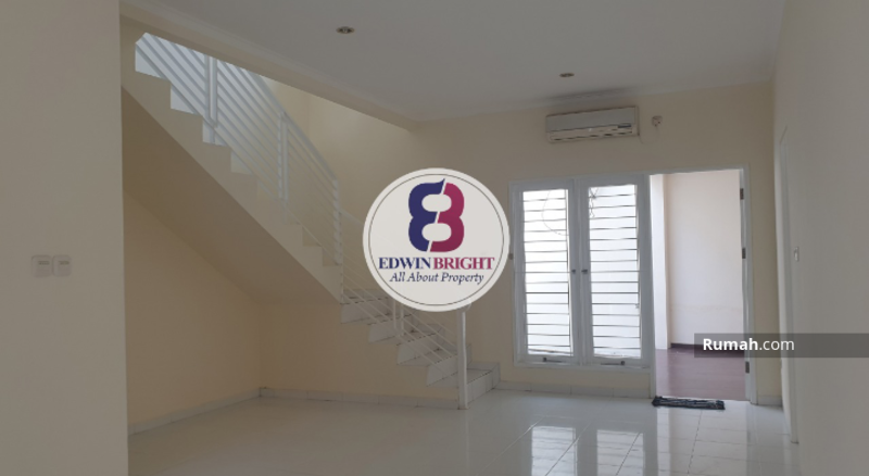 Dijual Rumah di Emerald District Bintaro Jaya Terawat Asri Siap Huni #105177205