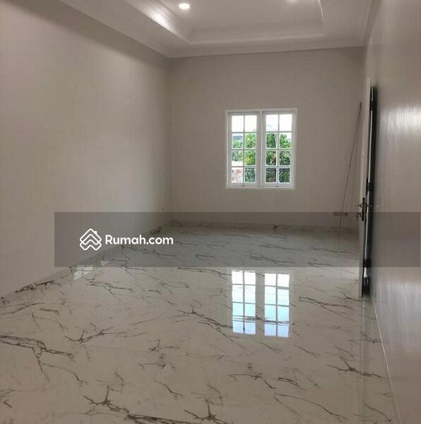 Rumah Bagus, Rapi dan Siap Huni di Bulevar Hijau Harapan Indah Bekasi #105177693