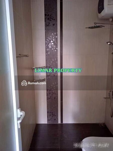 Rumah Siap Huni di Lokasi Strategis dan Nyaman Kota Wisata Cibubur #105178861