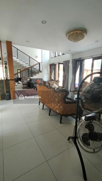 Dijual rumah cantik siap huni di lokasi strategis di Pulogebang permai Cakung Jakarta timur #105179199