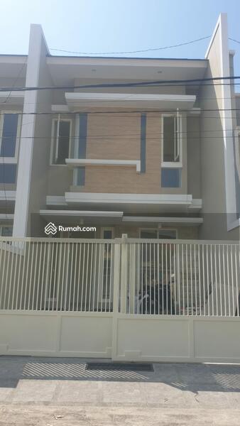 Rumah Baru di Manyar Tirtoyoso Selatan Surabaya #106241563