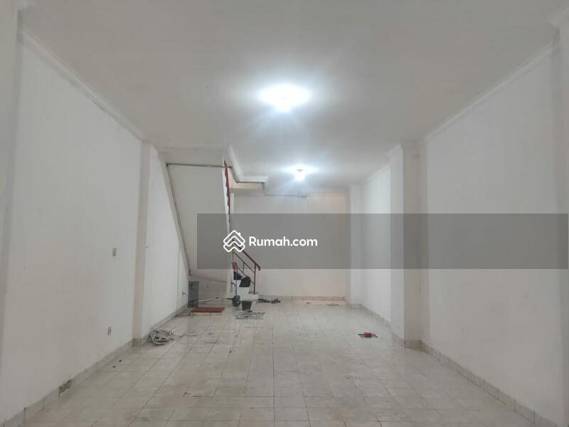 Dijual Ruko Mutiara Taman Palem uk 63m2 at Cengkareng Jakarta Barat #105179559