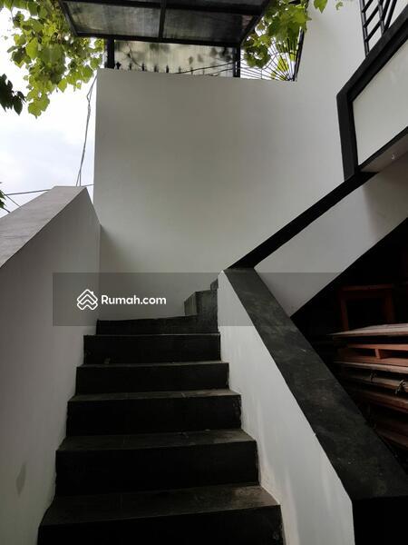 Rumah 3 Lantai 3 Kamar Tidur di Daan Mogot, JakBar #105180683