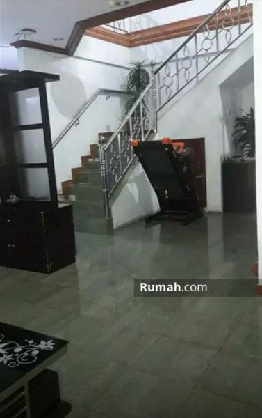 Cozy House in Central Jakarta #105182213