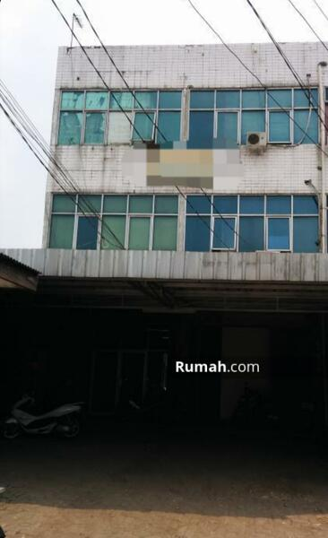 Ruko 3 Lantai Pinggir Jalan Raya Pondok Bambu Jakarta Timur #105183413