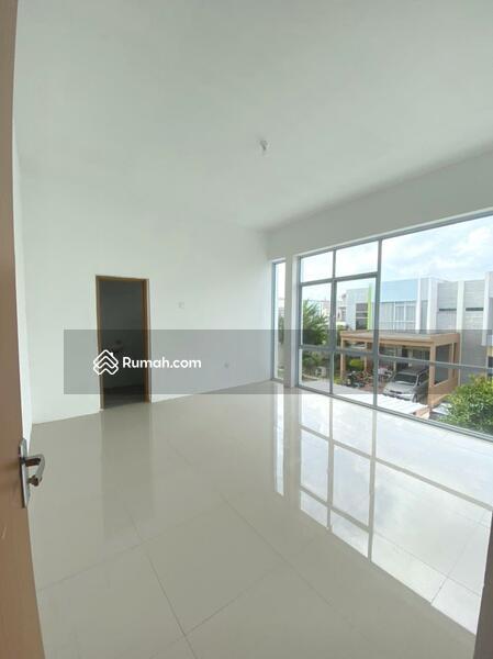 Disewa Rumah Cantik 2 Lantai di Ocean Bliss Batam Center #105183713