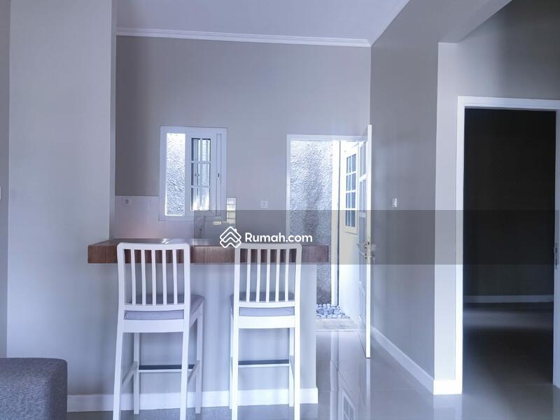 Dijual rumah murah, bagus, rapi, classic modern minimalis di dekat bsd #105184597