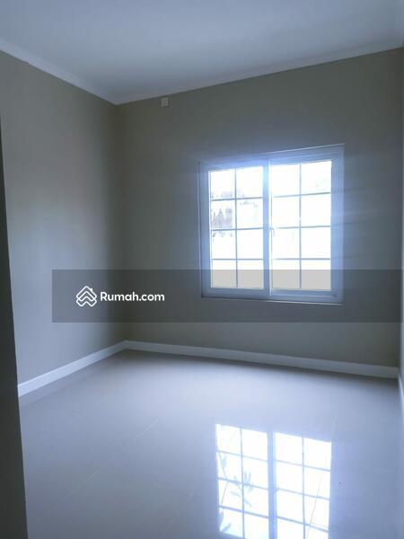 Dijual rumah murah, bagus, rapi, classic modern minimalis di dekat bsd #105184609