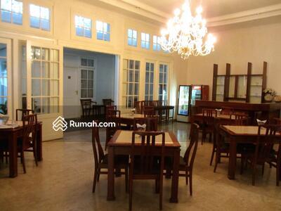 Dijual - Hotel di Jl. RE. Martadinata