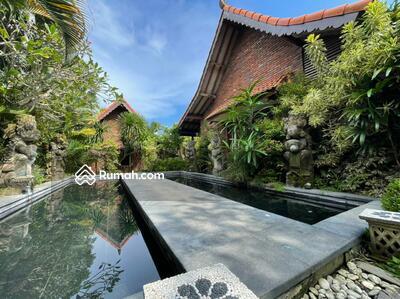 Dijual - Villa Style Joglo Luas Yang unik di Tiying Tutul Canggu