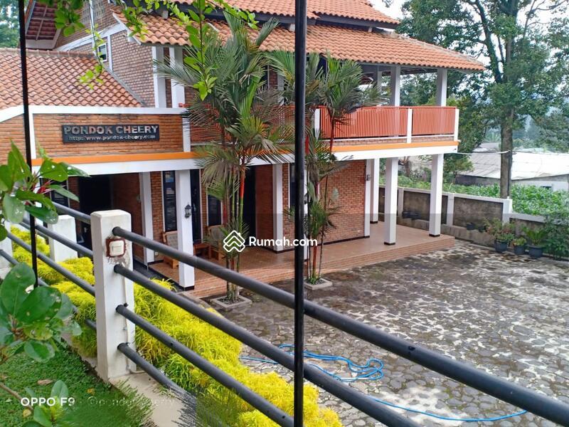 Villa Gunung Geulis #105188117