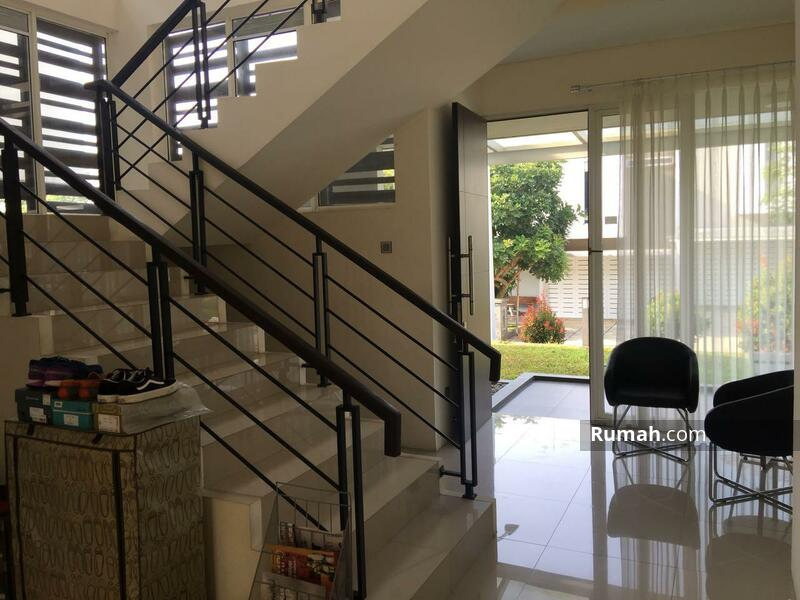 Rumah Baru Udara Sejuk Kawasan Elite, Setraduta Bandung #105192341