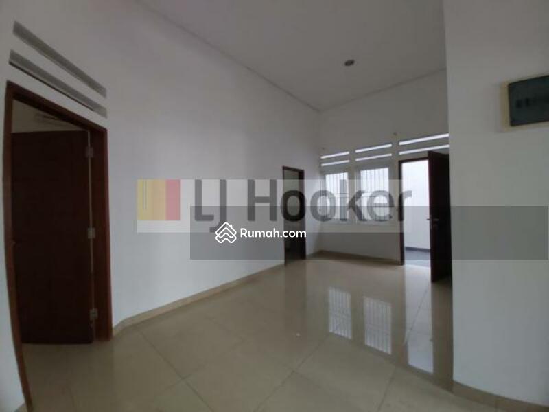 Rumah Siap Huni Di Jalan Janur Elok Area Kelapa Gading #106235091