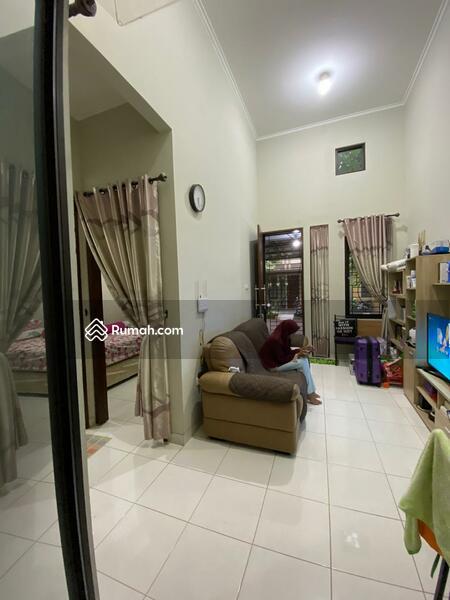 Rumah  murah cantik siap huni dalam komplek di jln Cendrawasih ciputat #105195619