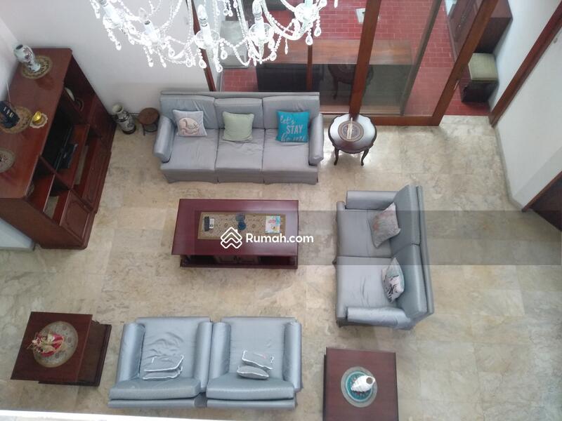 Rumah 2 Lantai Hunian Nyaman Dan Asri Di pondok Indah Jakarta Selatan #105196117