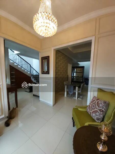 Dijual rumah di Graha Bintaro model.mediteranian yang cantik #105198059