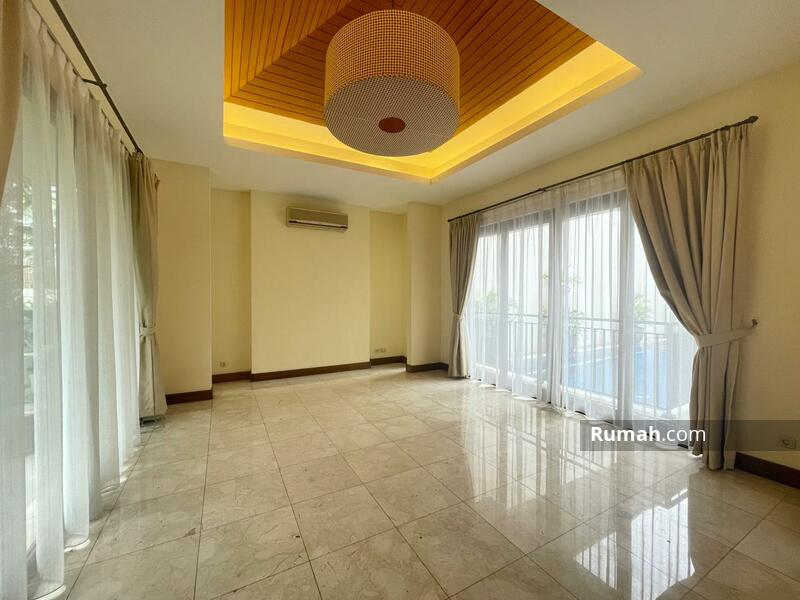 For Rent : Beautiful Modern Tropical House with Private Pool in Kemang Compound #105199987