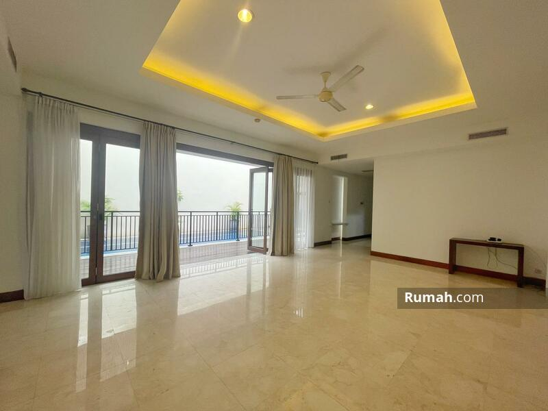 For Rent : Beautiful Modern Tropical House with Private Pool in Kemang Compound #105199989