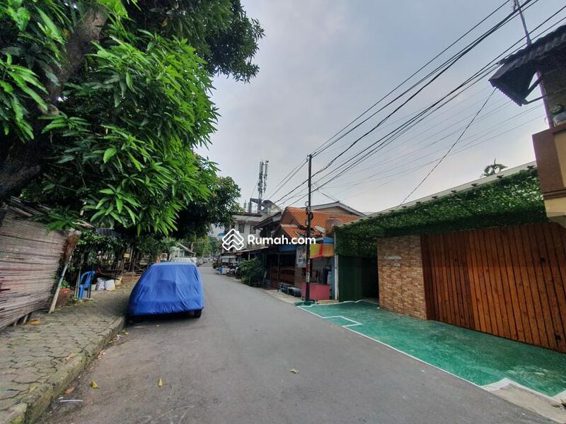 Dijual Rumah Kos 106 Kamar di Jakarta Timur #105200849