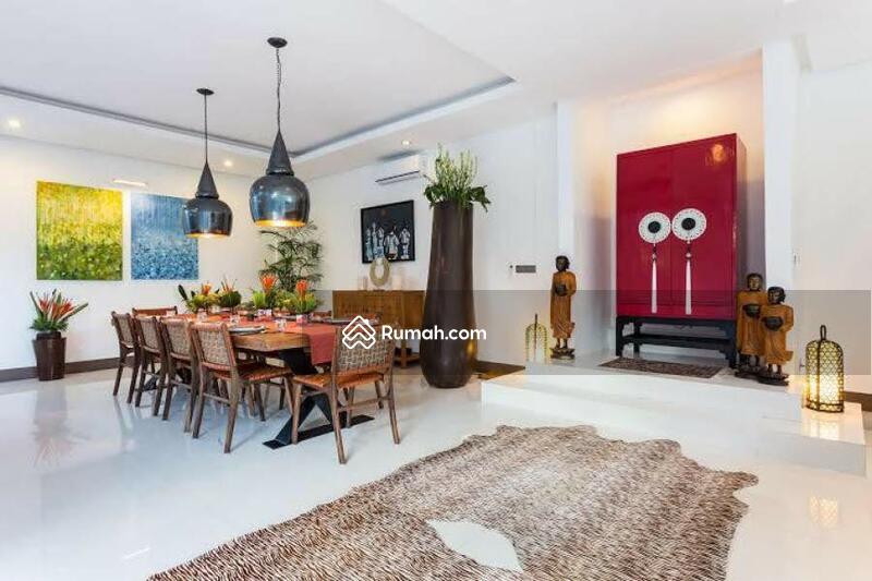 For Sale Luxurious Villa in Canggu Bali #105201061