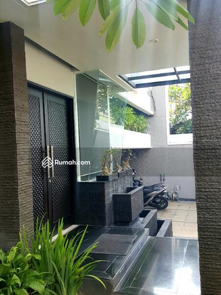 Rumah Mewah 3 Lt Strategis Luas Full Furnish Kemang Mampang Jakarta #105201735